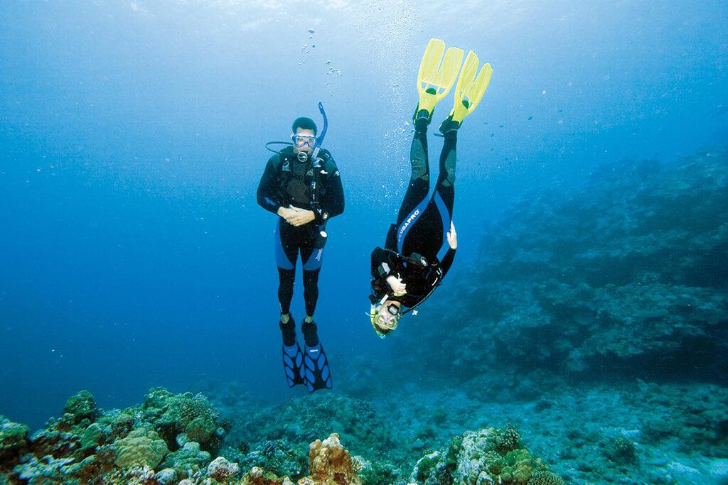 the best PADI Peak Performance Buoyancy Course with Diving Guru