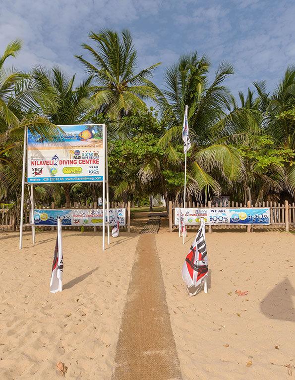 Divinguru Nilaveli entrance directly on the Nilaveli Beach - Trincomalee